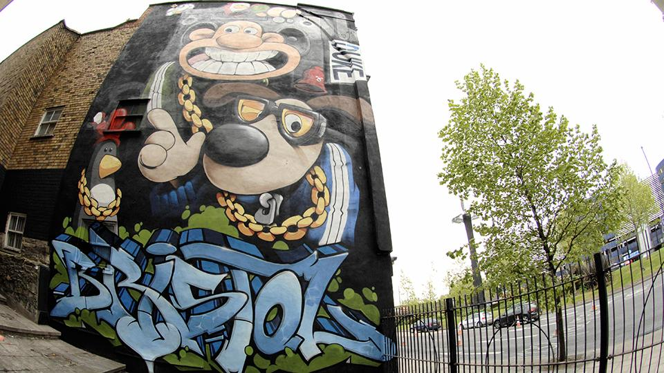 New Wallace and Gromit Street Art!